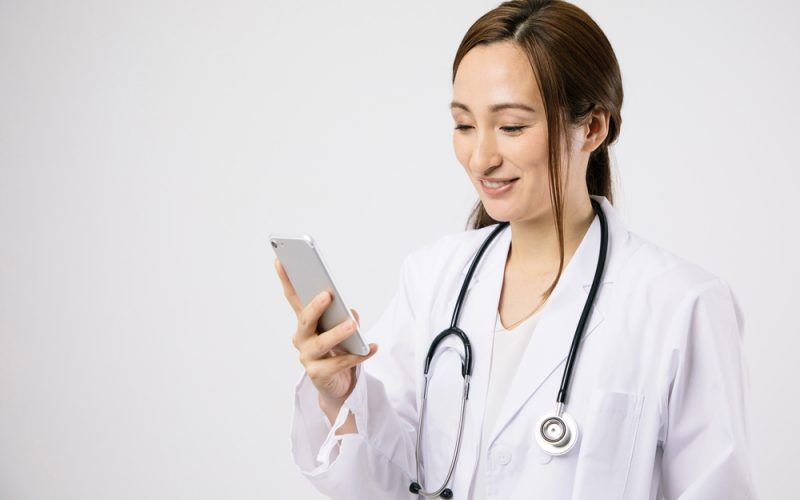 Snap happy doctors warned by MDU about dangers of image sharing