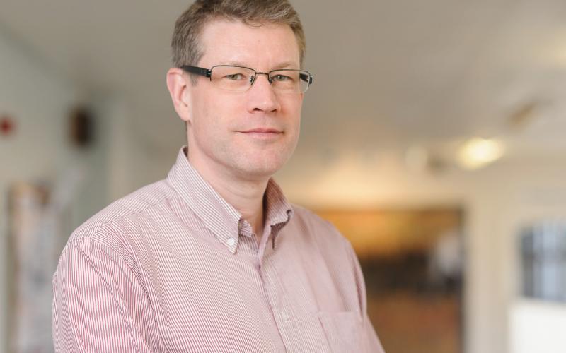 Surgeon Focus –  Professor Alex Green