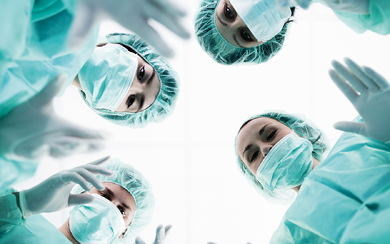 Performance evaluation helps surgeons improve teamwork skills