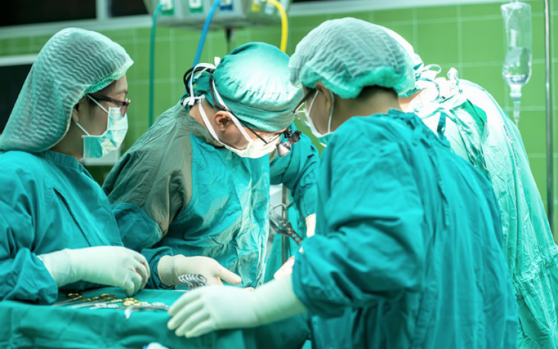 Dr Kern Singh takes spine surgery to the next level